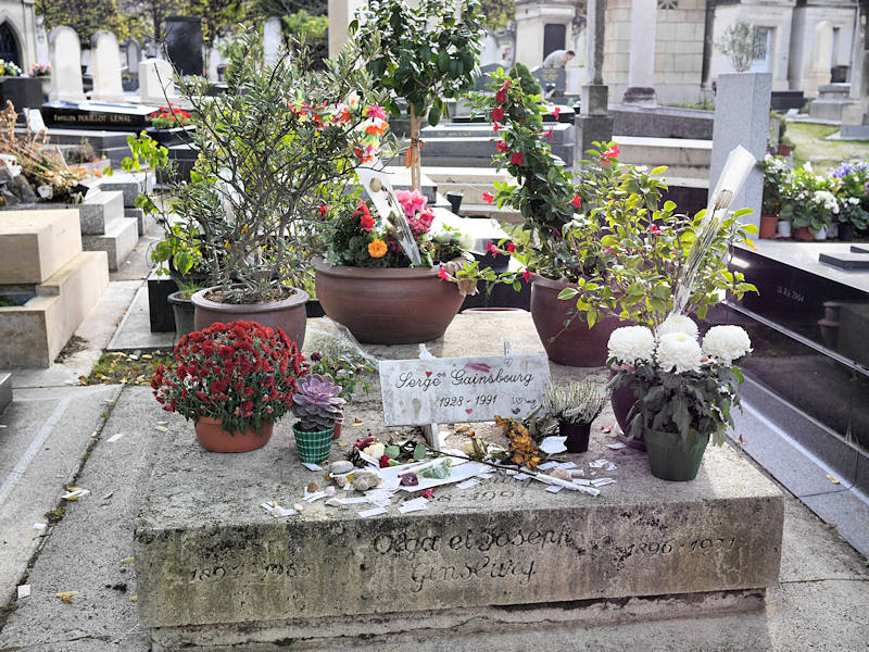 Cimetiere Montparnasse Tombe Serge Gainsbourg